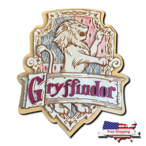 Wizards Layered House Crest - Gryffindor