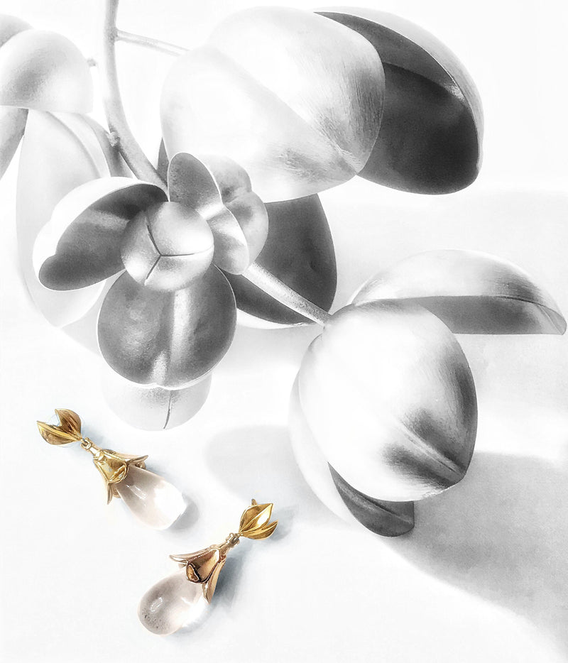 Lotus Earring - Clear