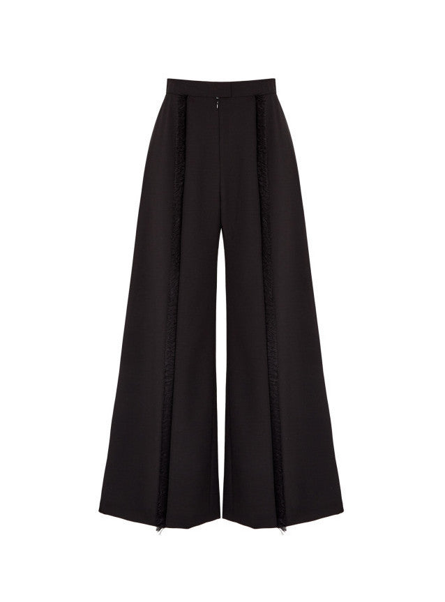 Wide Leg Frayed Trouser
