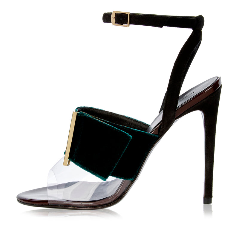 Janet Sandal by RICHARD BRAQO