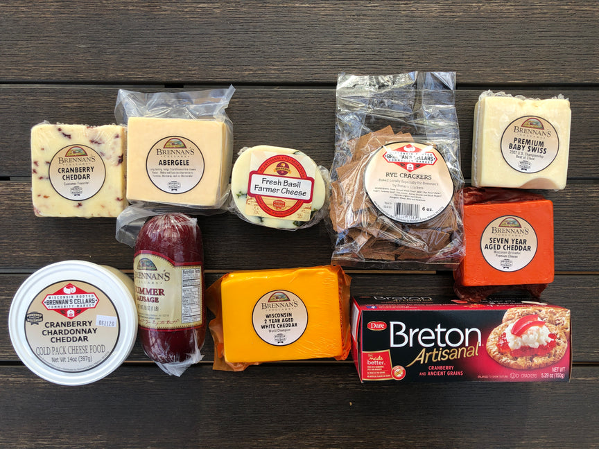 Wisconsin Cheese Gift Boxes -10-12 Items - Brennans Market