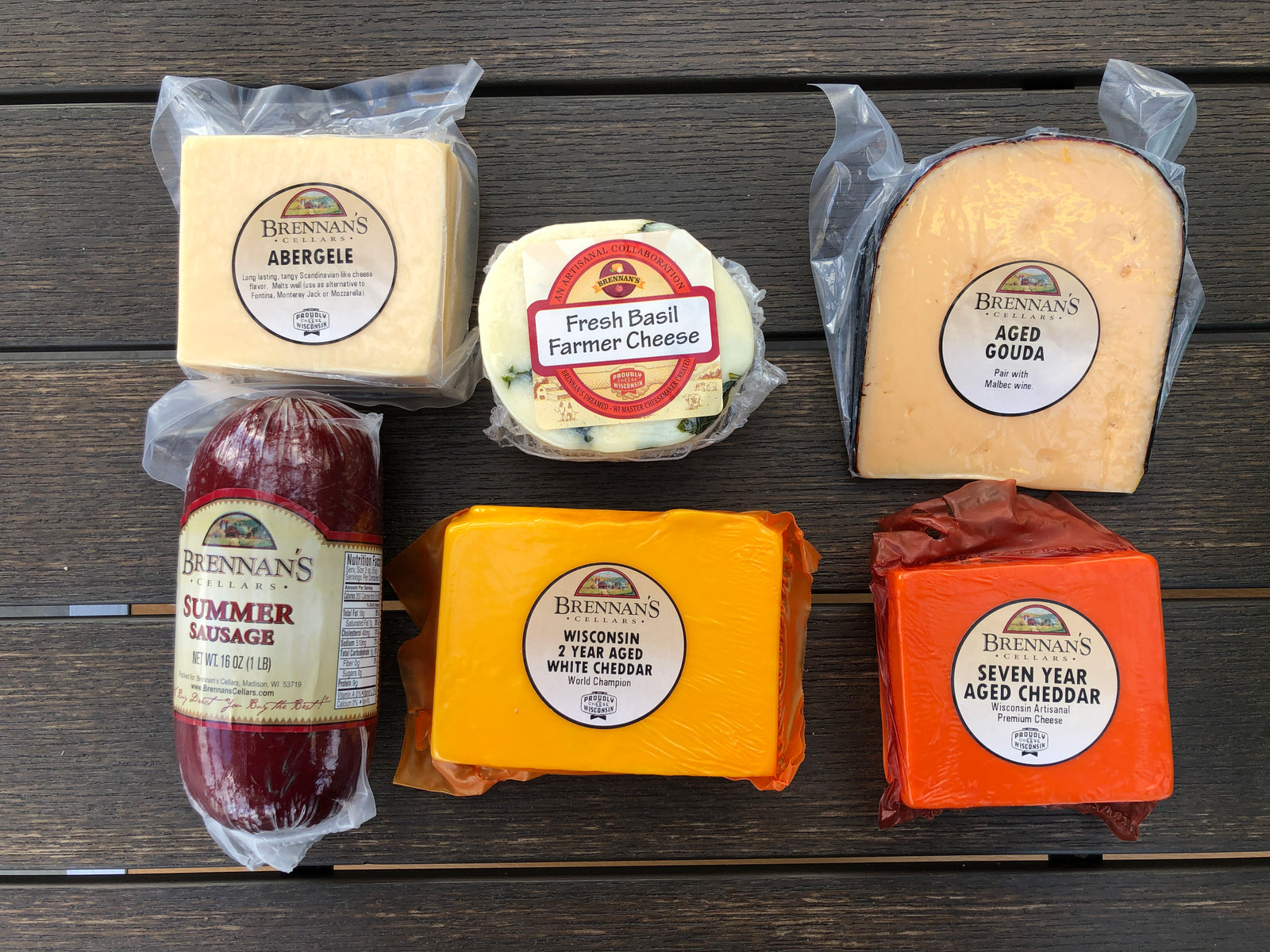 Wisconsin Cheese Gift Boxes -5-6 Items - Brennans Market