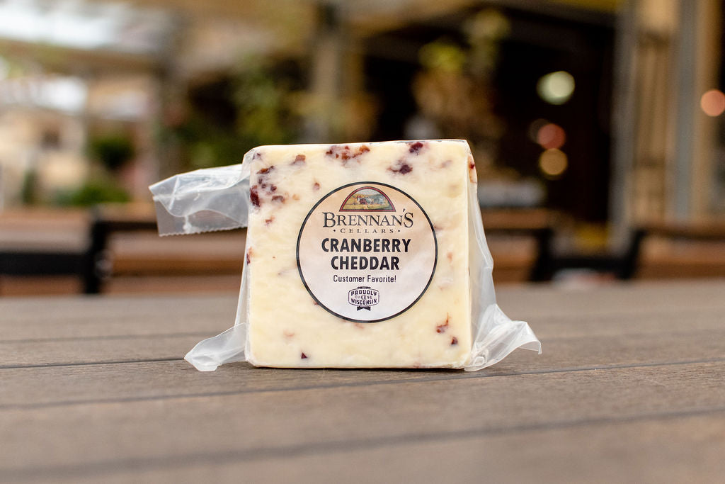 Cranberry Cheddar, 100% Wisconsin Cheese