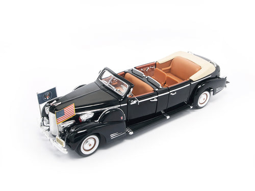 1938 CADILLAC V-16 PRESIDENTIAL LIMO (1:24 Scale) - Road Signature