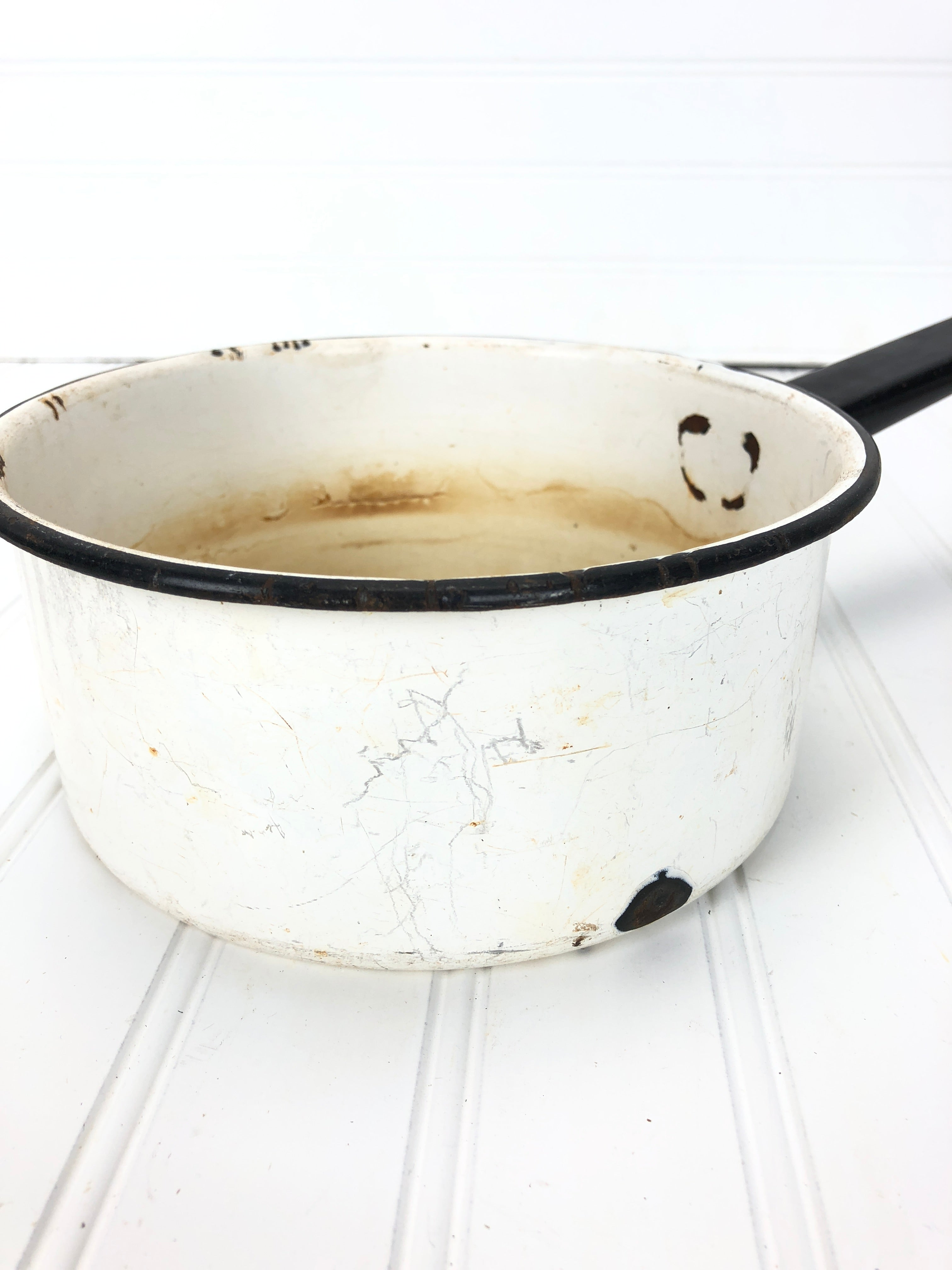 Black & White Enamel Pot #2
