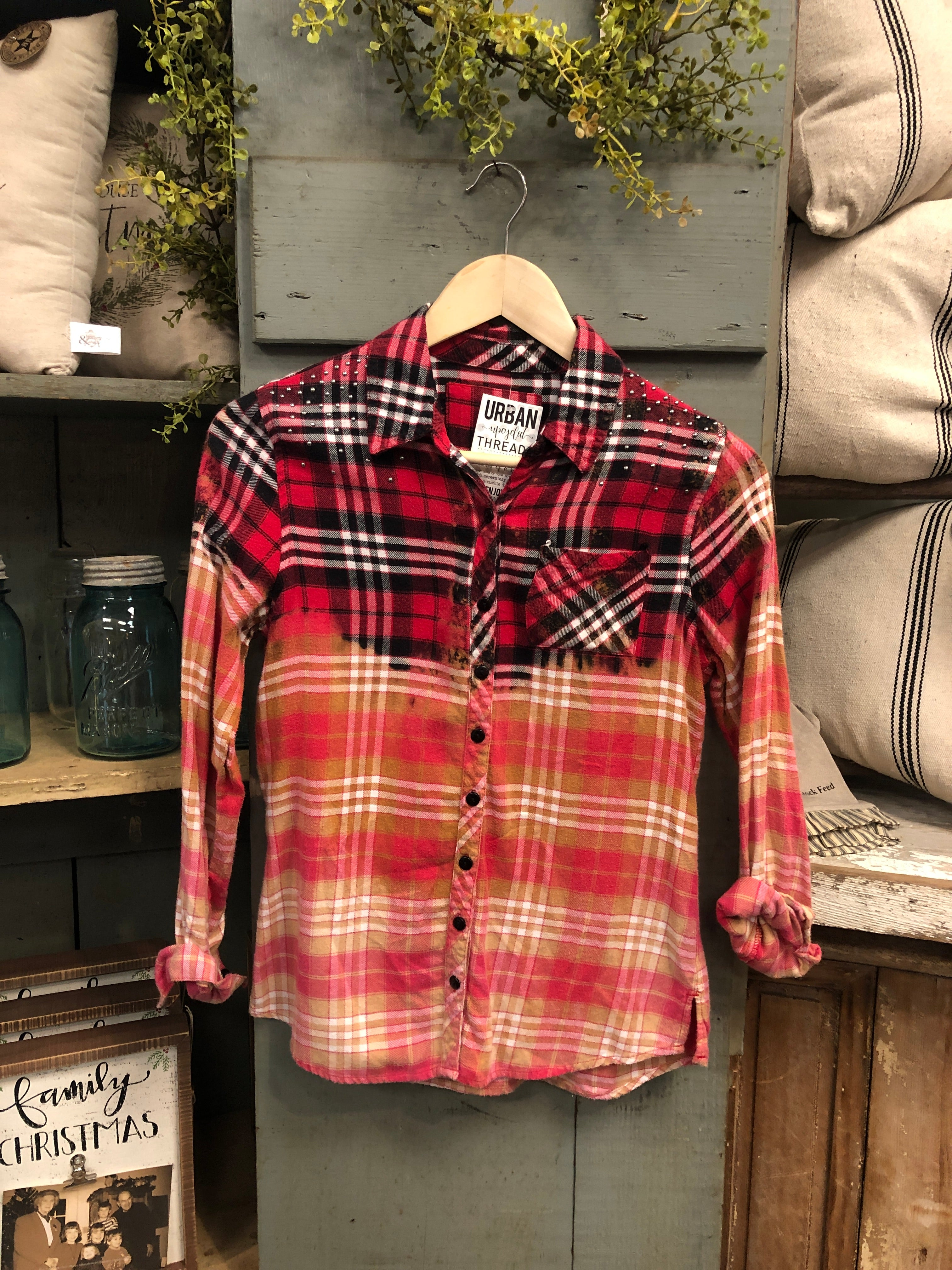 Farmhouse Flannel #4 (Extra Small)