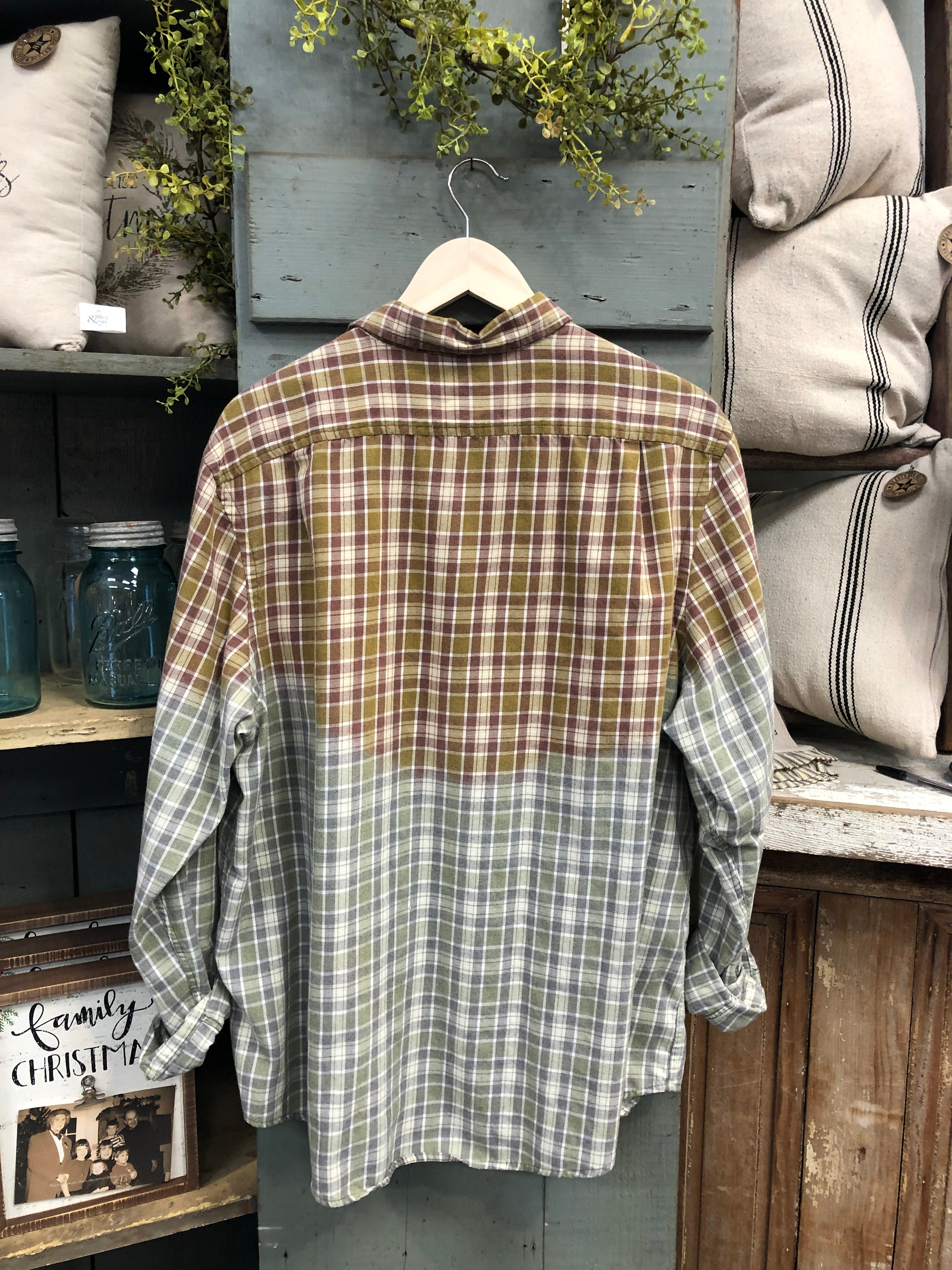 Farmhouse Flannel #33 (Extra Large)