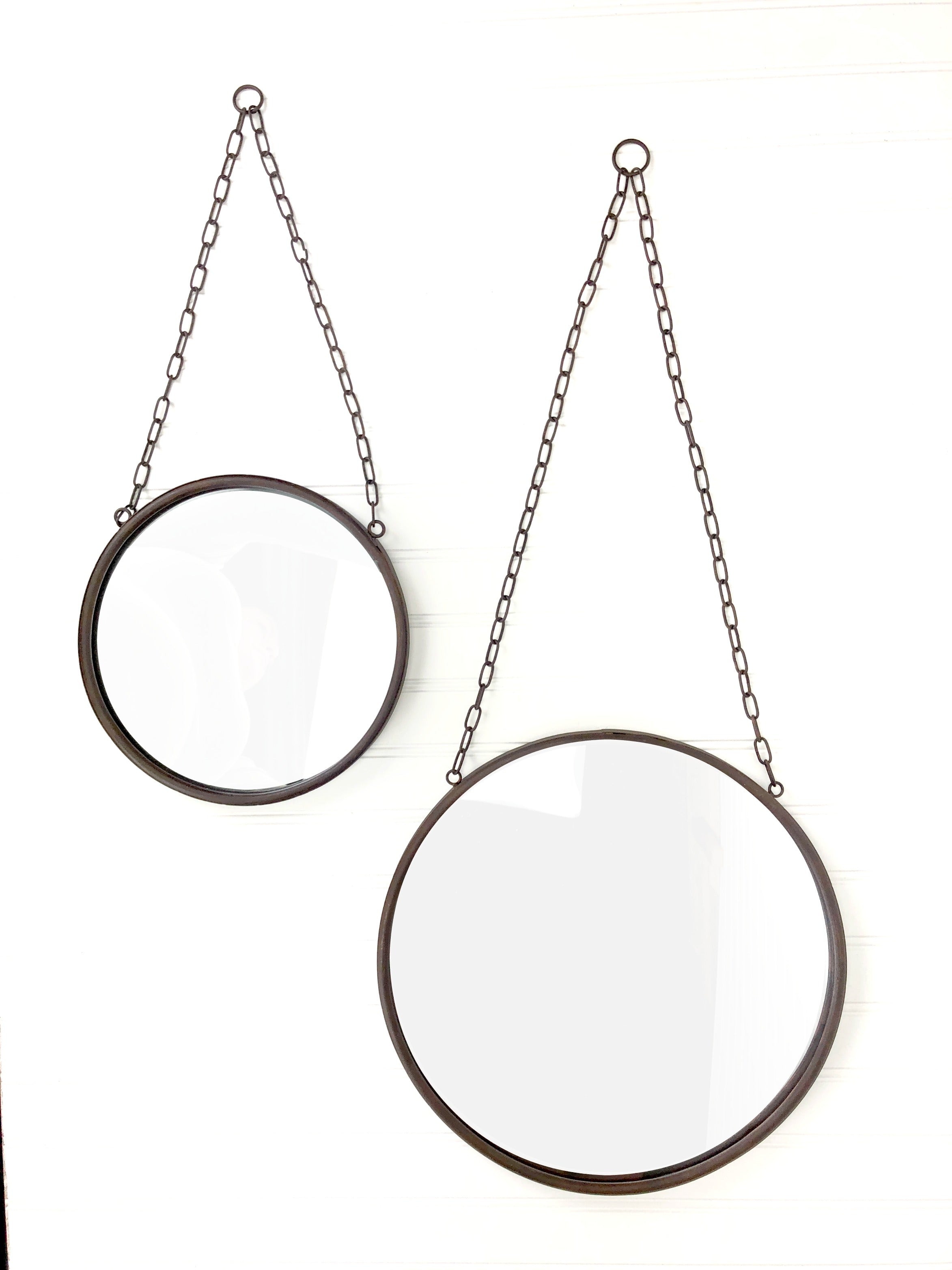 Round Farmhouse Mirror (Medium)