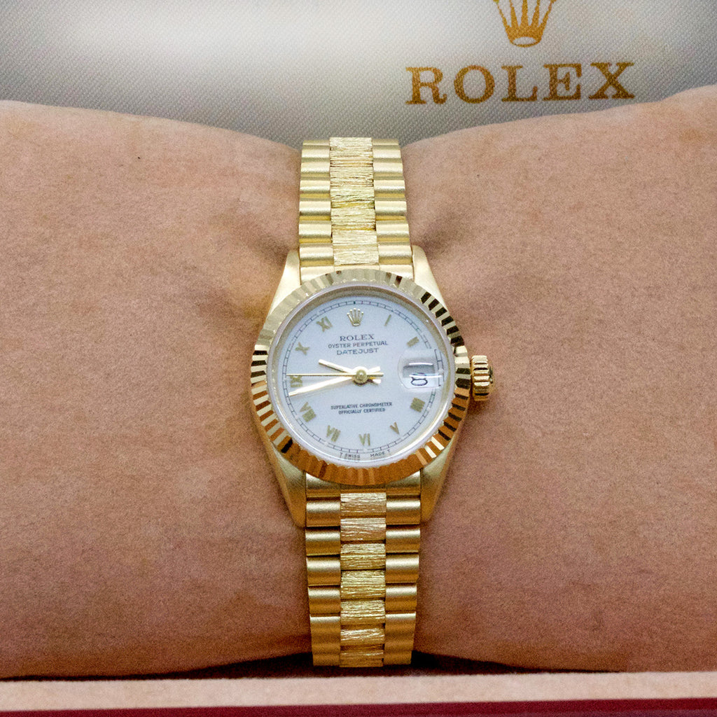 18ct Gold Ladies Rolex - Nouveau Jewellers