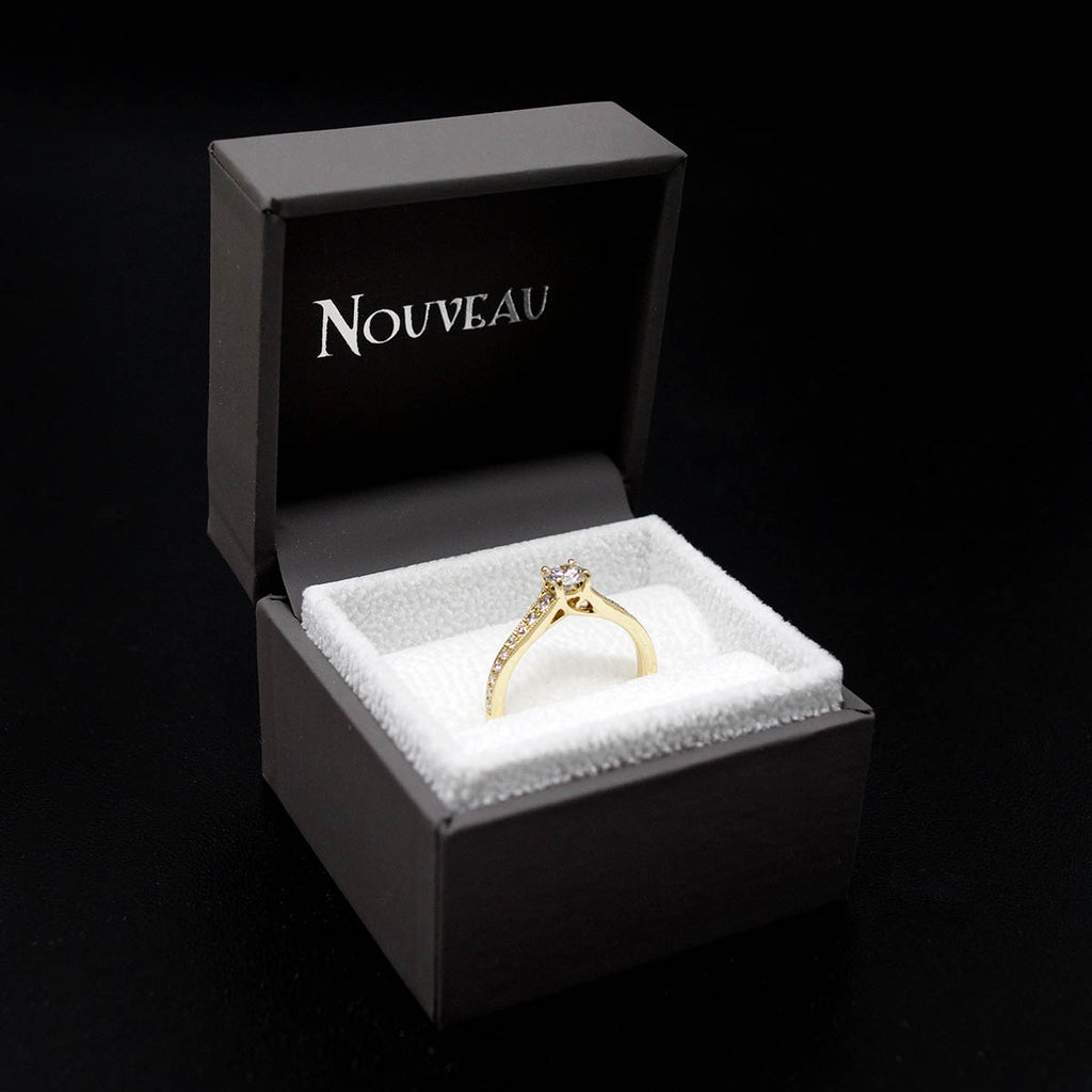 18ct Yellow Gold Vintage Solitaire Diamond Cluster Engagement Ring in a case, sold at Nouveau Jewellers in Manchester