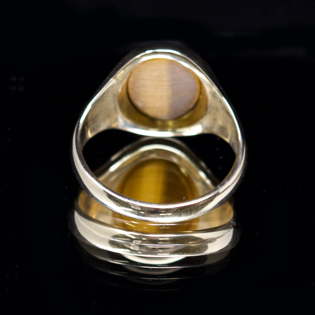 signet ring with stone, nouveau jewellers, signet ring uk, gold signet ring, jewellers in manchester