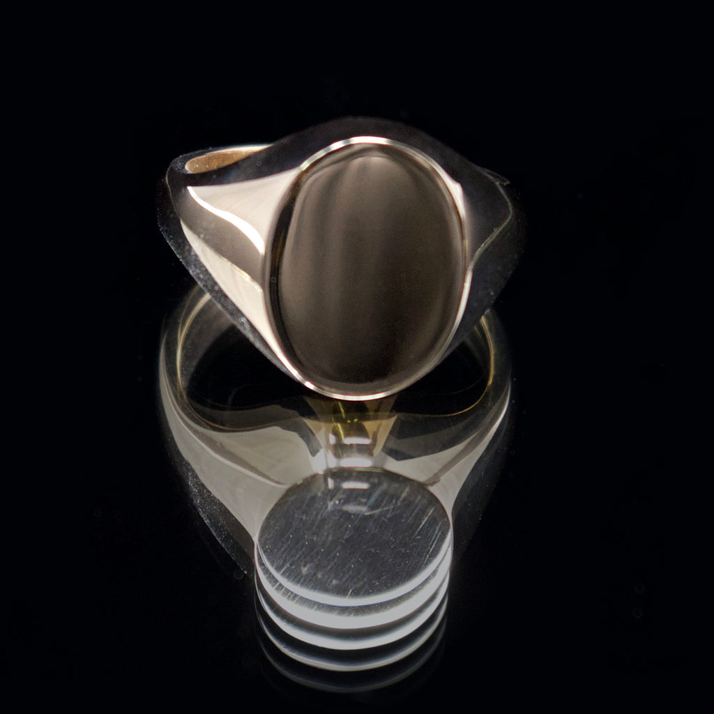 9ct gold signet ring, nouveau jewellers, oval signet ring, jewellers in manchester