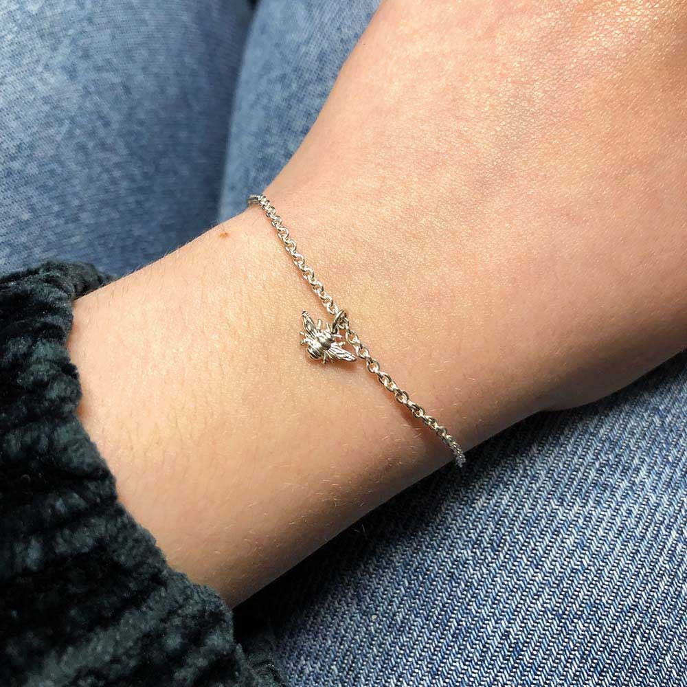 Nouveau Jewellers, silver Beehive Collection, Bee bracelet, Manchester independent jewellers