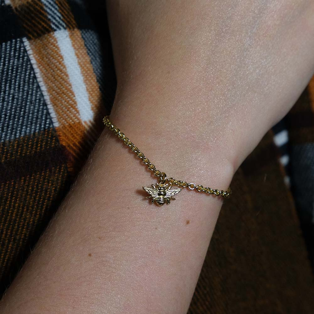 Nouveau Jewellers, Solid 9ct Yellow Gold manchester bee bracelet, manchester jewellers