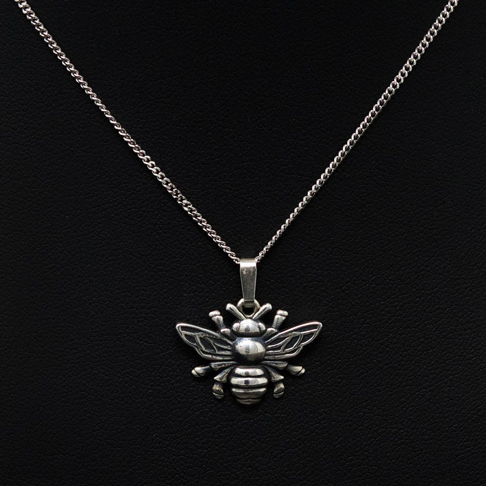 Beehive collection, nouveau jewellers, manchester bee jewellery, Solid Silver worker bee pendant
