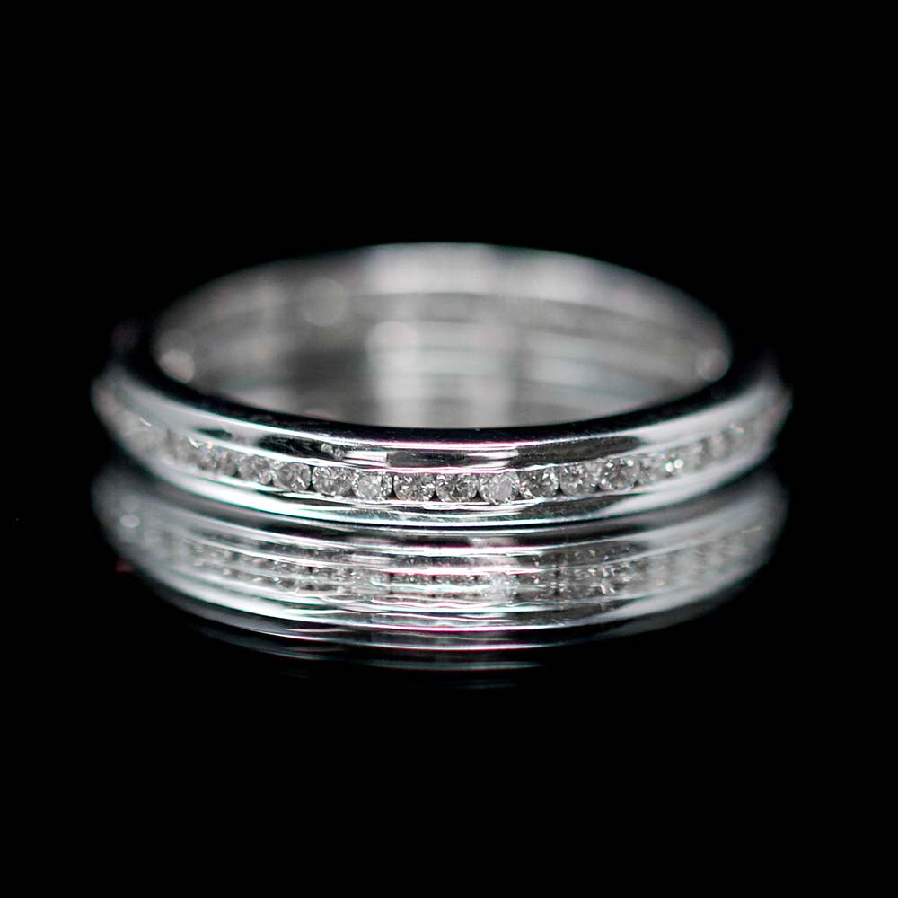 Eternity rings, nouveau jewellers, manchester jewellers, channel set diamond ring, diamond wedding ring, promise ring