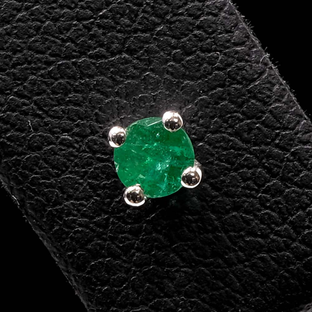 White Gold Minimal Emerald Stud Earrings Close Up of one, sold at Nouveau Jewellers in Manchester