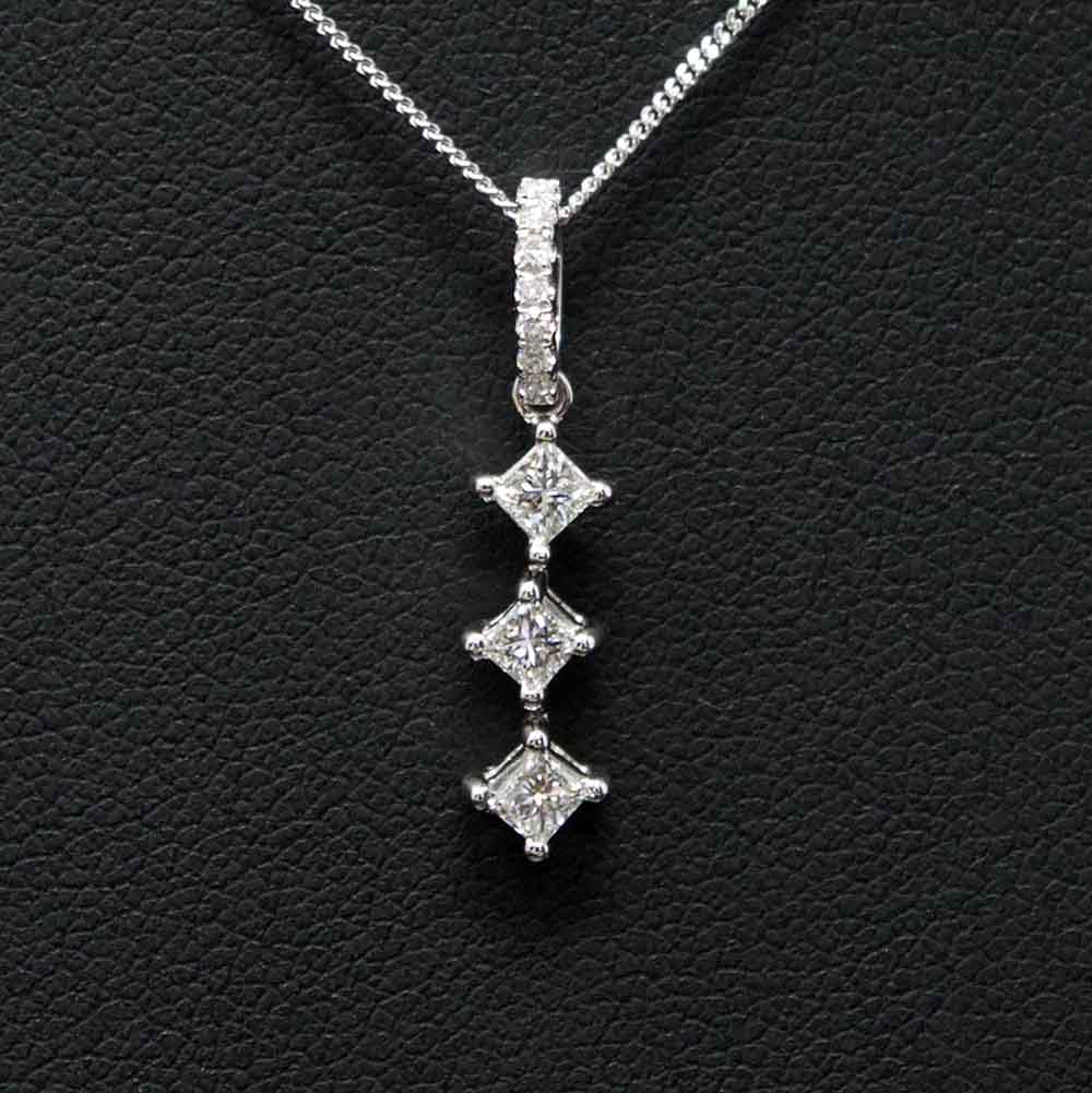 Nouveau Jewellers, Manchester Jewellers, Princess Cut Diamond Necklace, 18ct White Gold