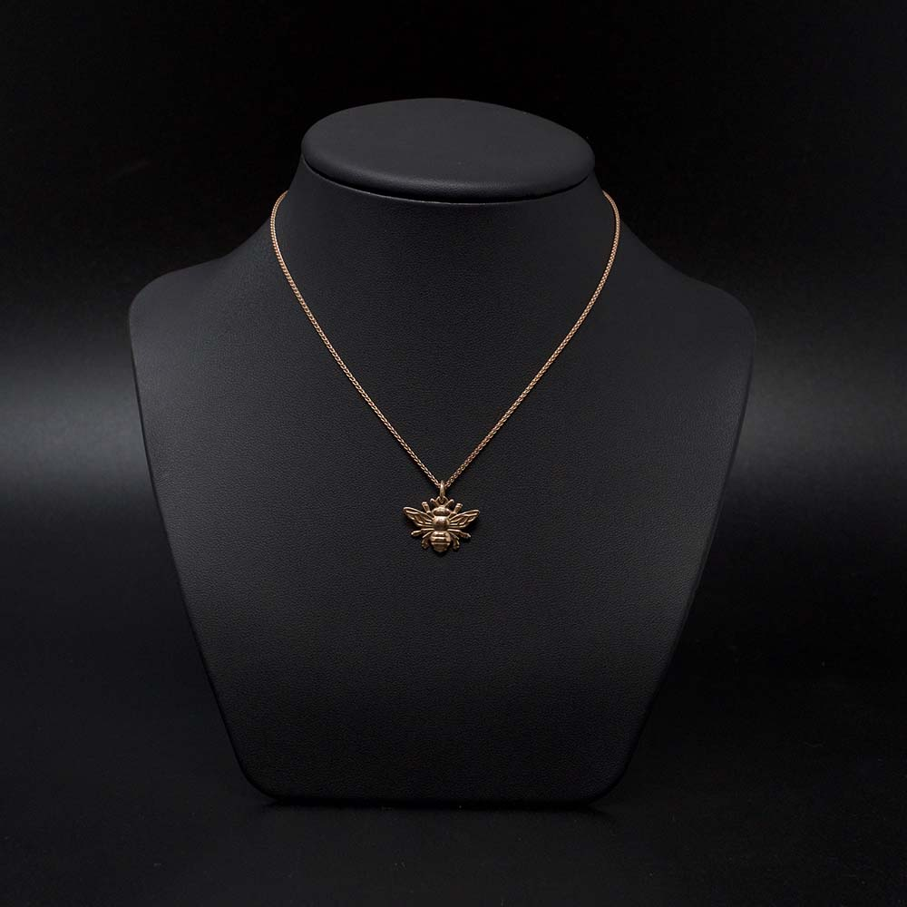 rose gold manchester bee necklace, beehive collection, nouveau jewellers, manchester jeweller