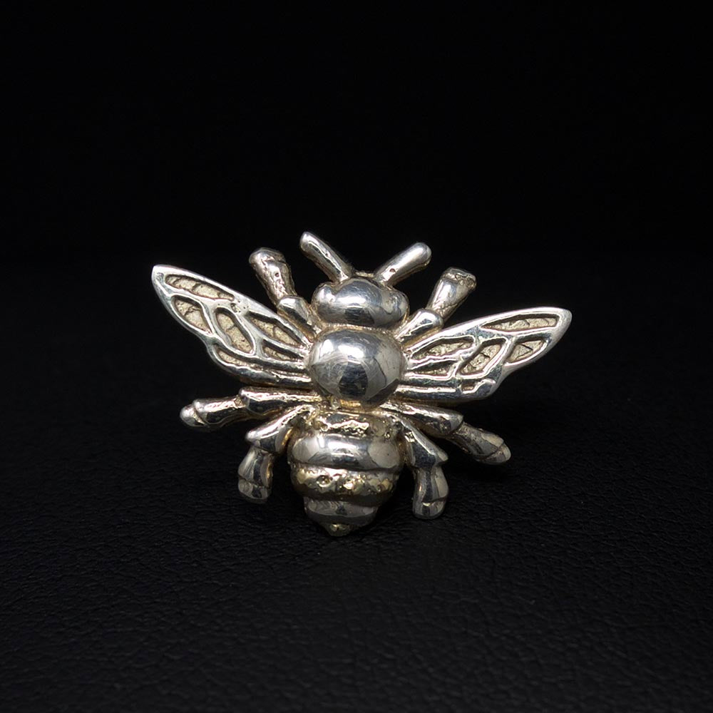 Beehive collection, silver manchester bee pin, nouveau jewellers, manchester bee gift, manchester bee