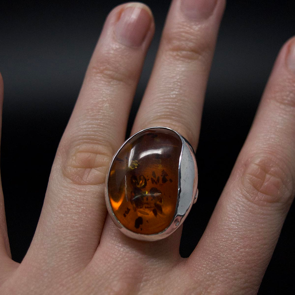 Amber Ring, 9ct gold ring, amber, amber jewellery, nouveau jewellers, nouveau manchester