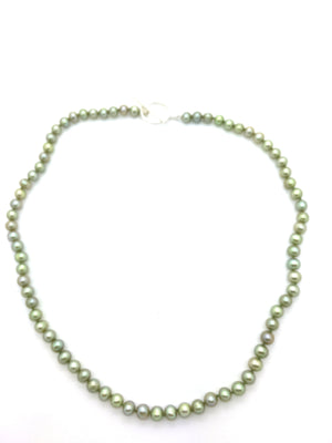 Green Small Pearl Necklace