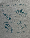 detail of tshirt beach hunt print
