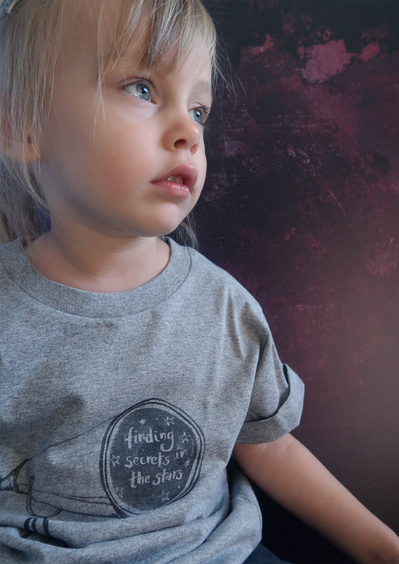 Childrens grey space themed tshirt- telescope print on grey organic cotton- space themed clothing by kids brand Ink and Tot