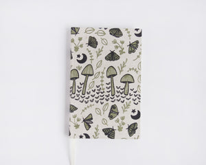 2021 Weekly Planner - Mushrooms & Moths - Green