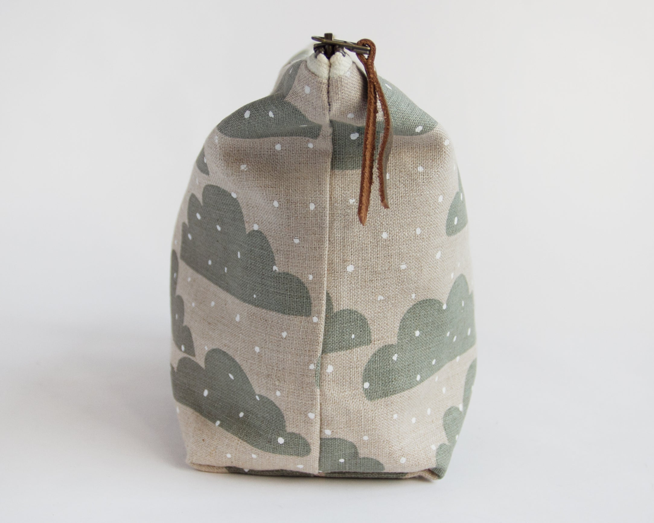 Traveler Pouch - Snow