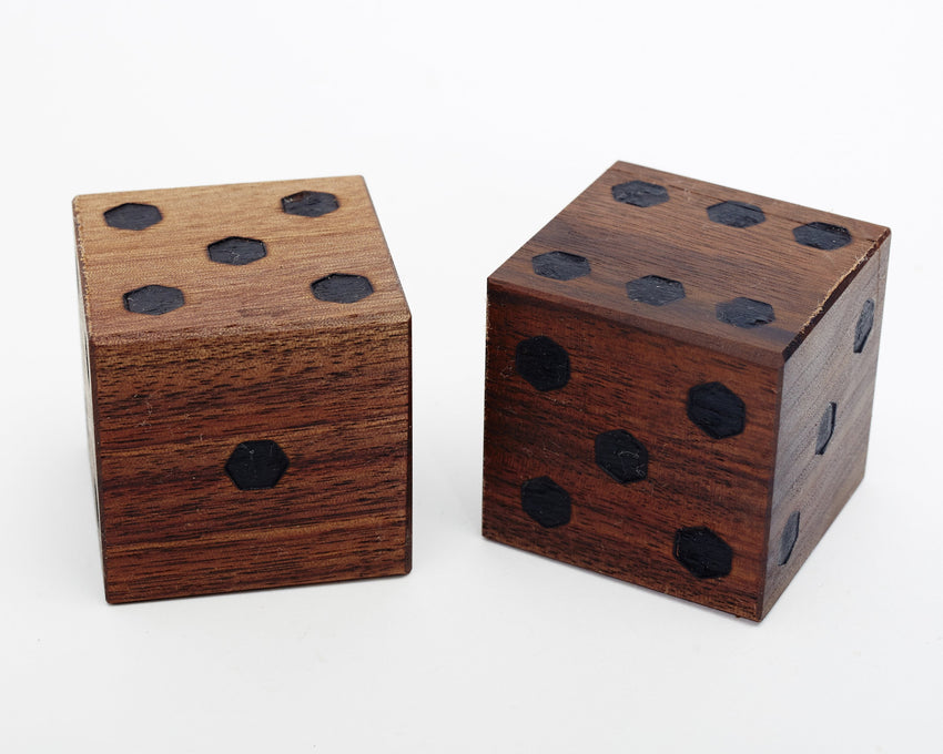 Jumbo Dice Walnut