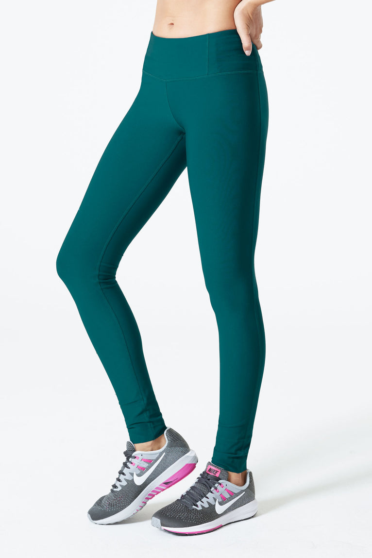 Revitalize Signature Legging