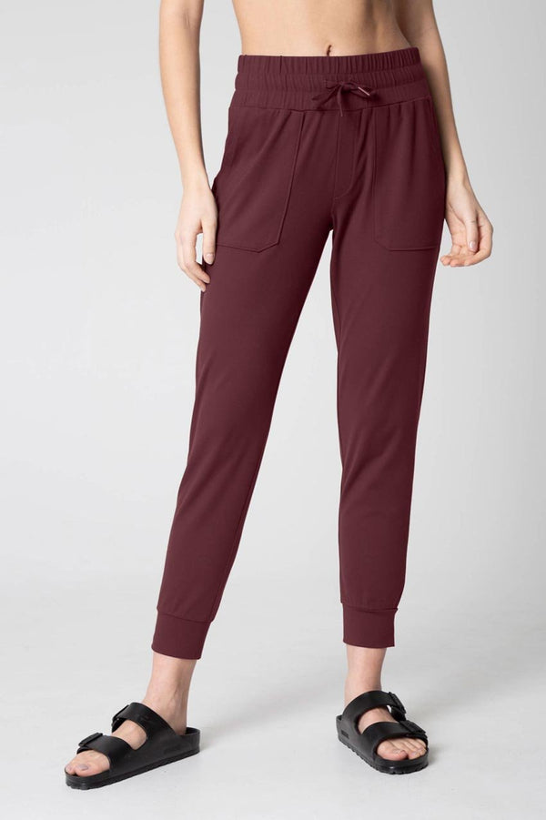 Mondetta women's Women's Knit Jogger in Catawba