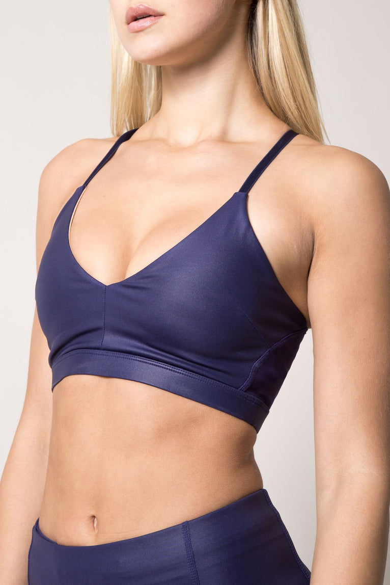 Captivate 2.0 Metallic-Look Light Support Bra