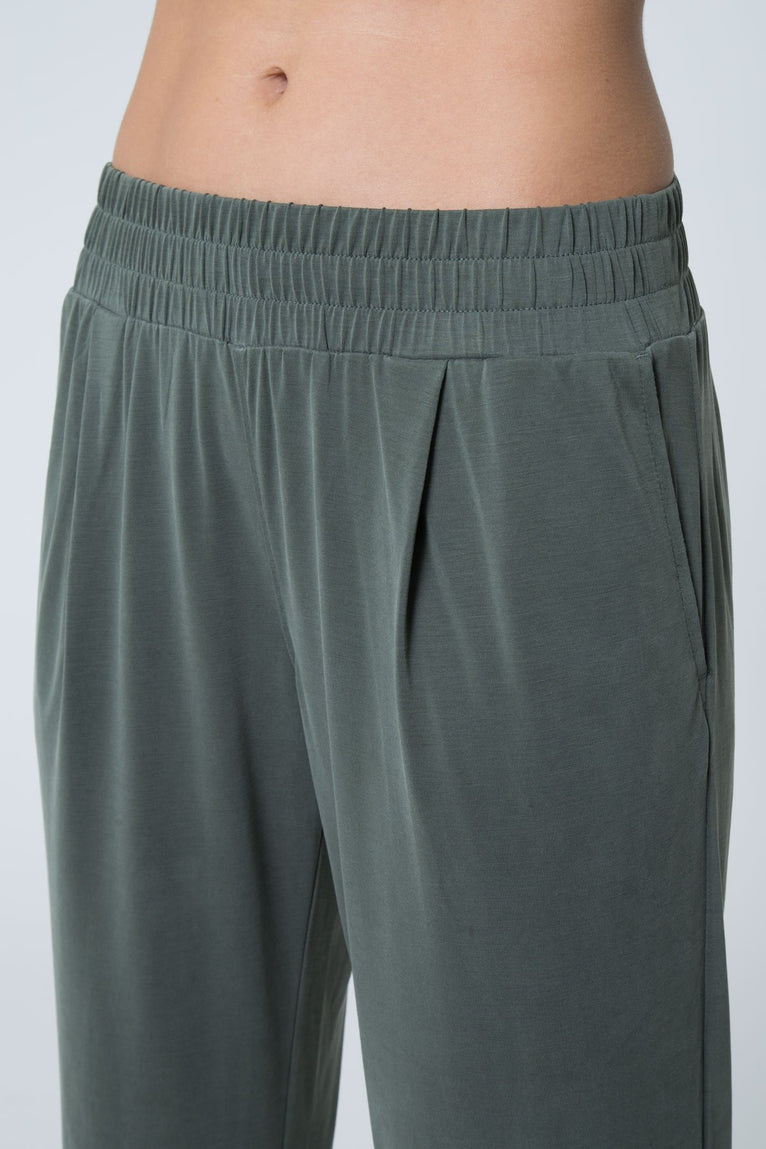 Discovery Luxe Trouser