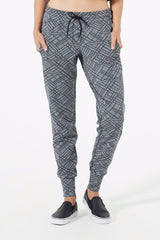 Strike 2.0 Patterned Essential Jogger
