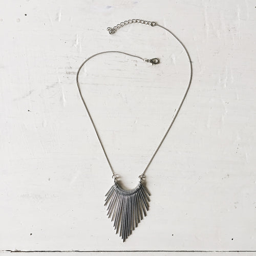 spike burst necklace