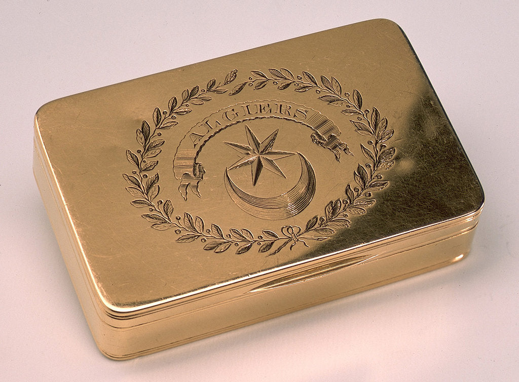 Detail of Gold snuff box by Alexander James Strachan