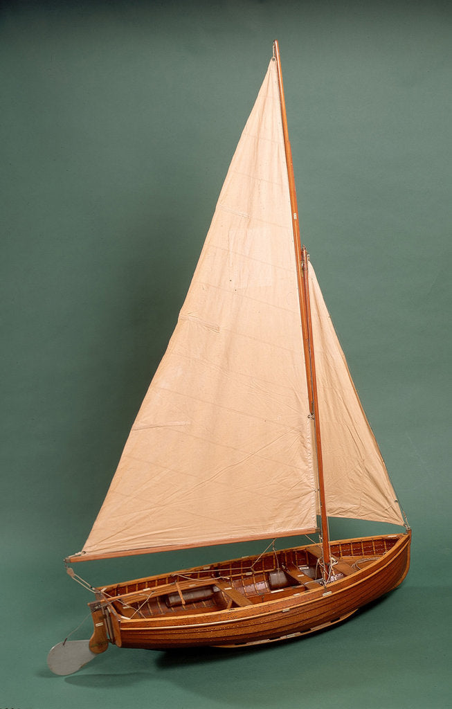 Detail of Full hull model, dinghy, starboard stern quarter by unknown