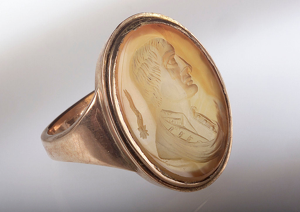 Detail of Gold ring by unknown
