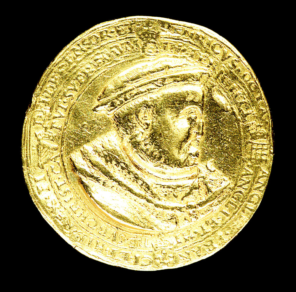 Detail of Medal commemorating the supremacy of the church, 1545; obverse by H.R.