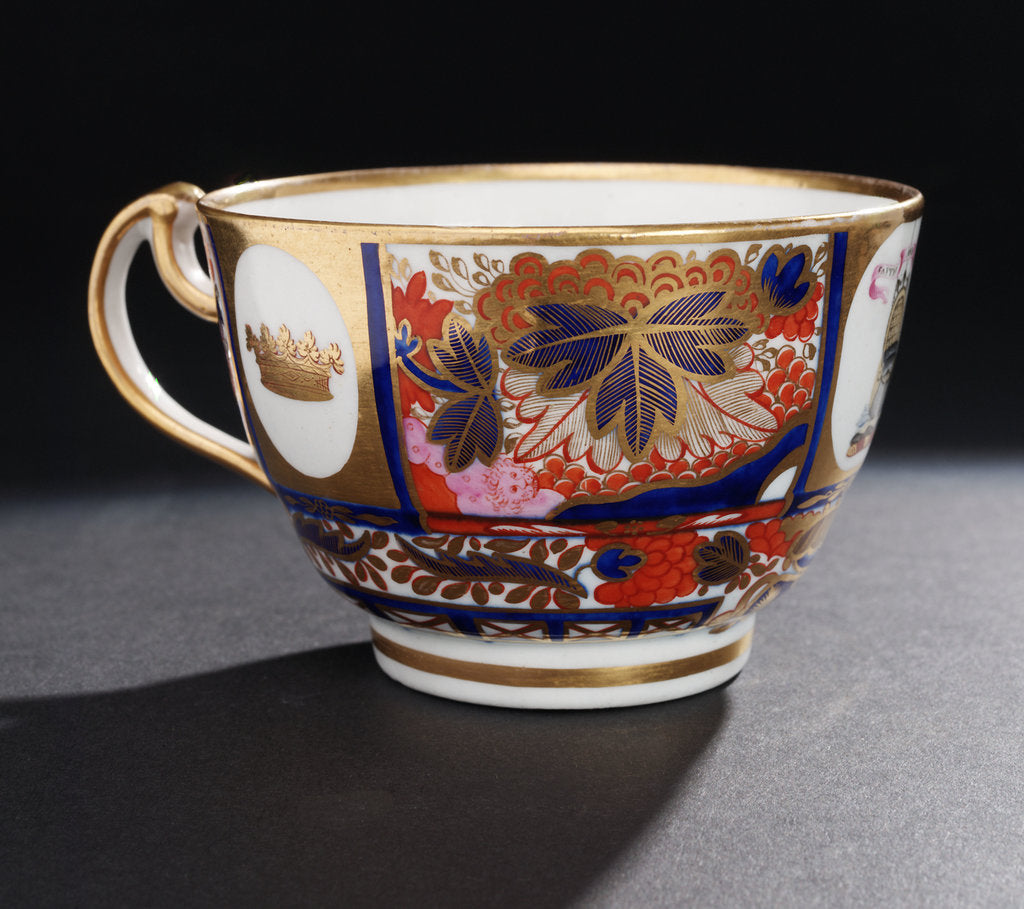 Detail of Japan pattern cup by Chamberlains & Co.