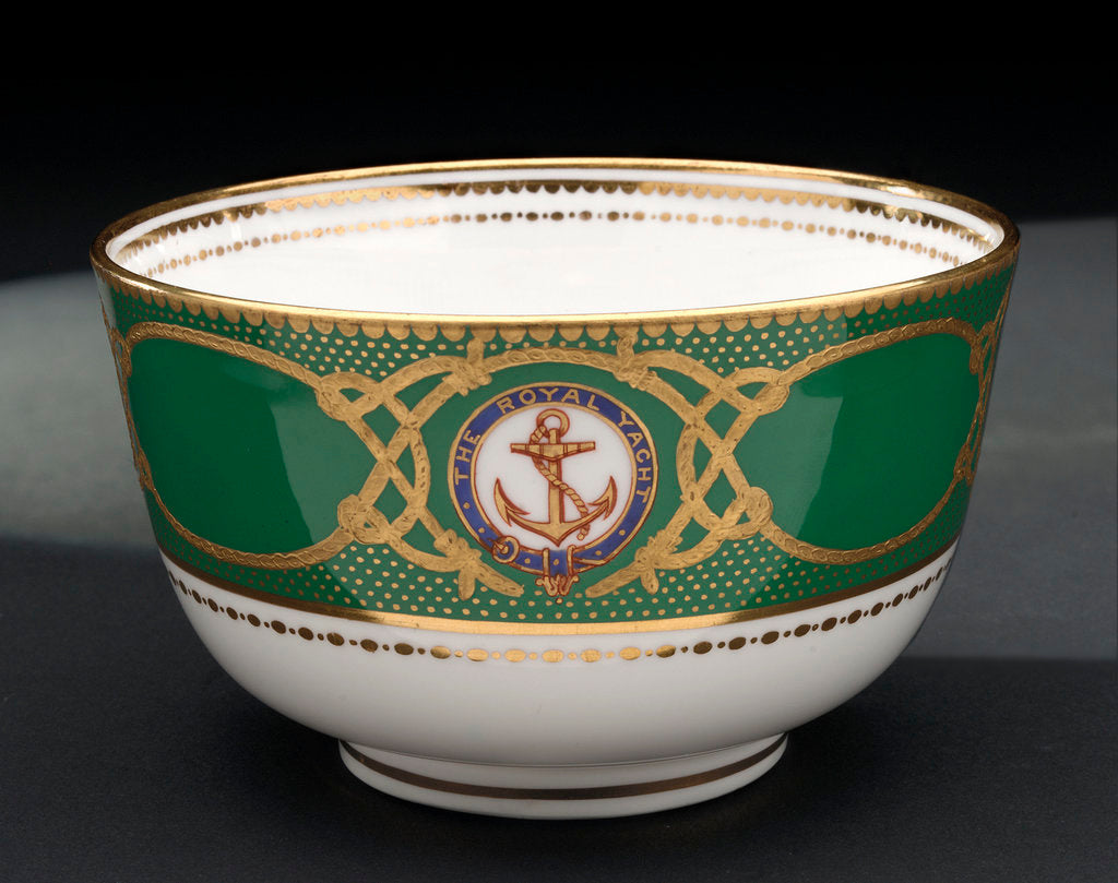 Detail of Bowl used on HMY 'Victoria and Albert' (1899) by W.T. Copeland & Sons Ltd.