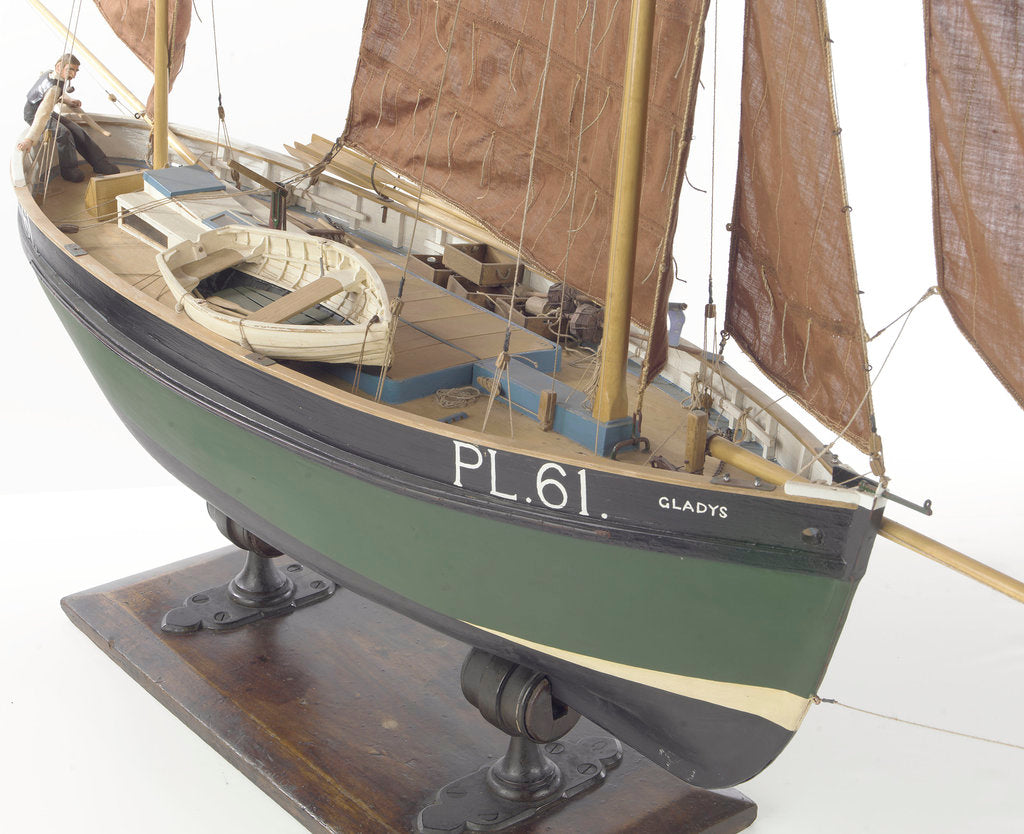 Detail of 'Gladys', starboard by Alistair Brown