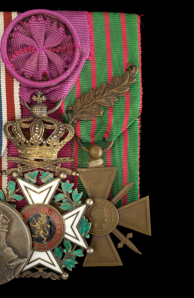 Detail of Croix de Guerre 1914-1918 (right) by unknown