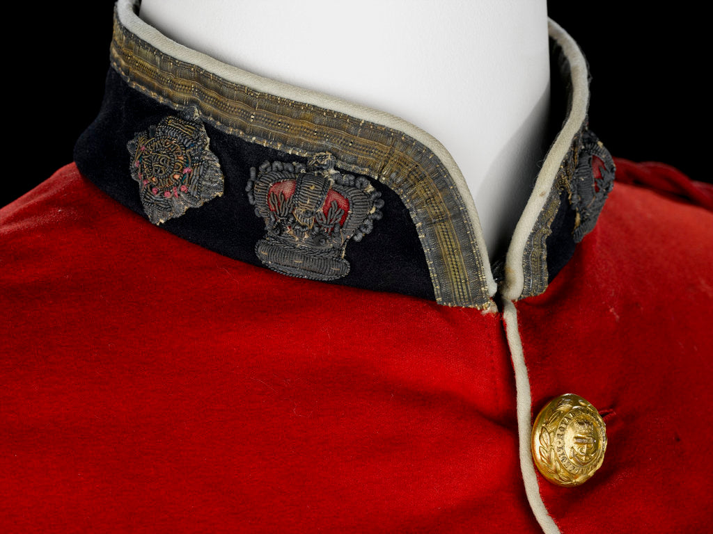 Detail of Tunic - collar detail, Royal Marines Light Infantry uniform: pattern 1856-1863 by J. & C. Linney