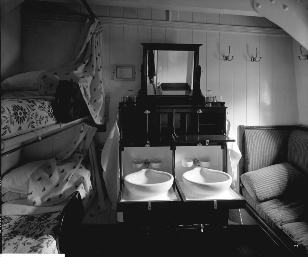 Detail of Second Class stateroom on the 'Balmoral Castle' (1910) by Bedford Lemere & Co.