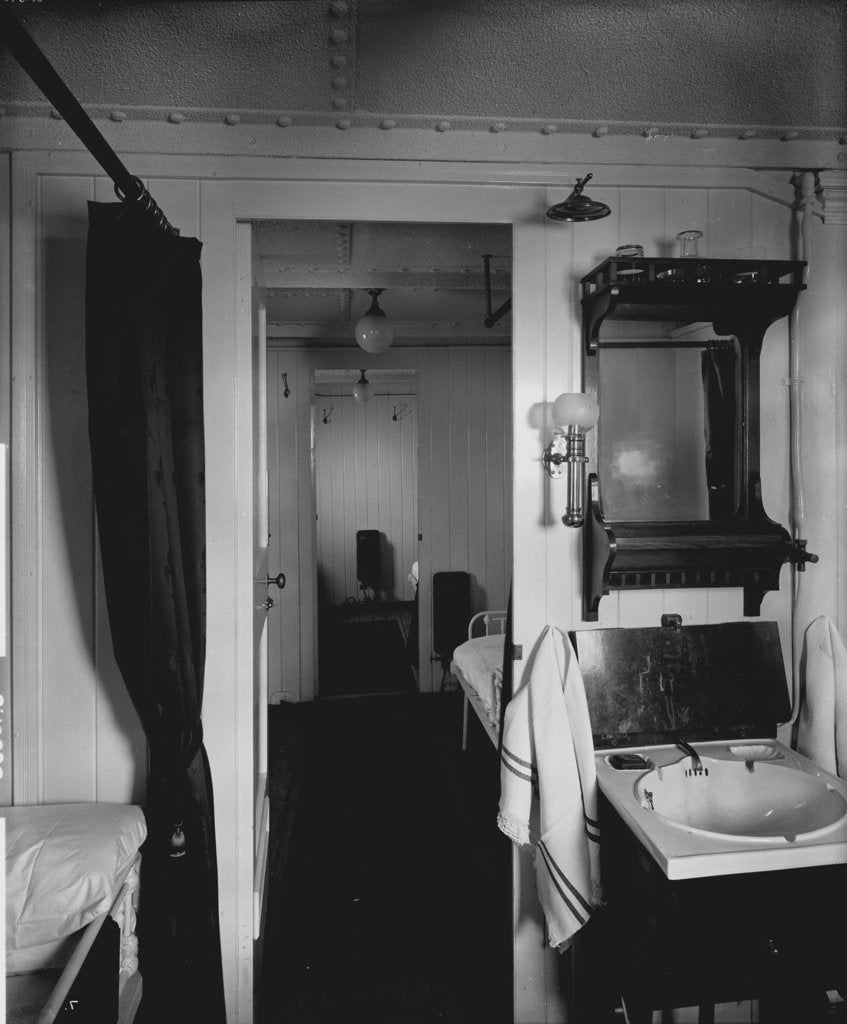 Detail of First Class suite on the 'Highland Loch' (1911) by Bedford Lemere & Co.