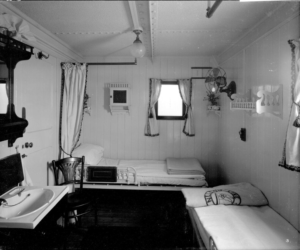 Detail of First Class stateroom on the 'Highland Piper' (1911) by Bedford Lemere & Co.