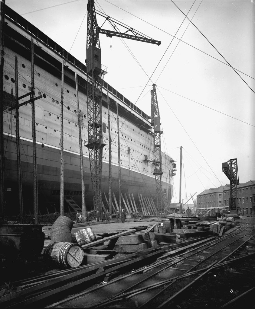 Detail of Fore part of the passenger liner 'Aquitania' (1914) on the stocks by Bedford Lemere & Co.
